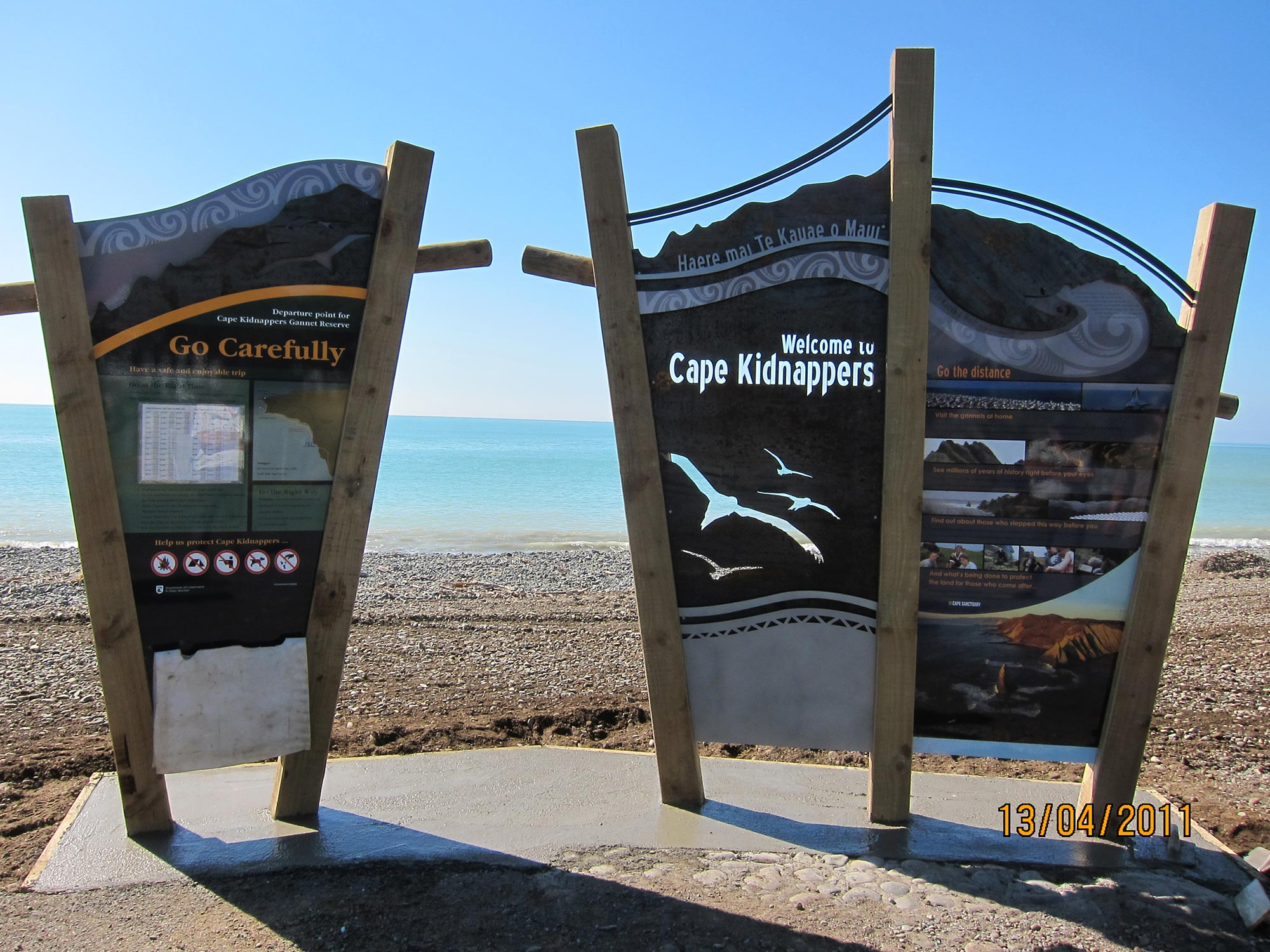Cape kidnapper infographic signs