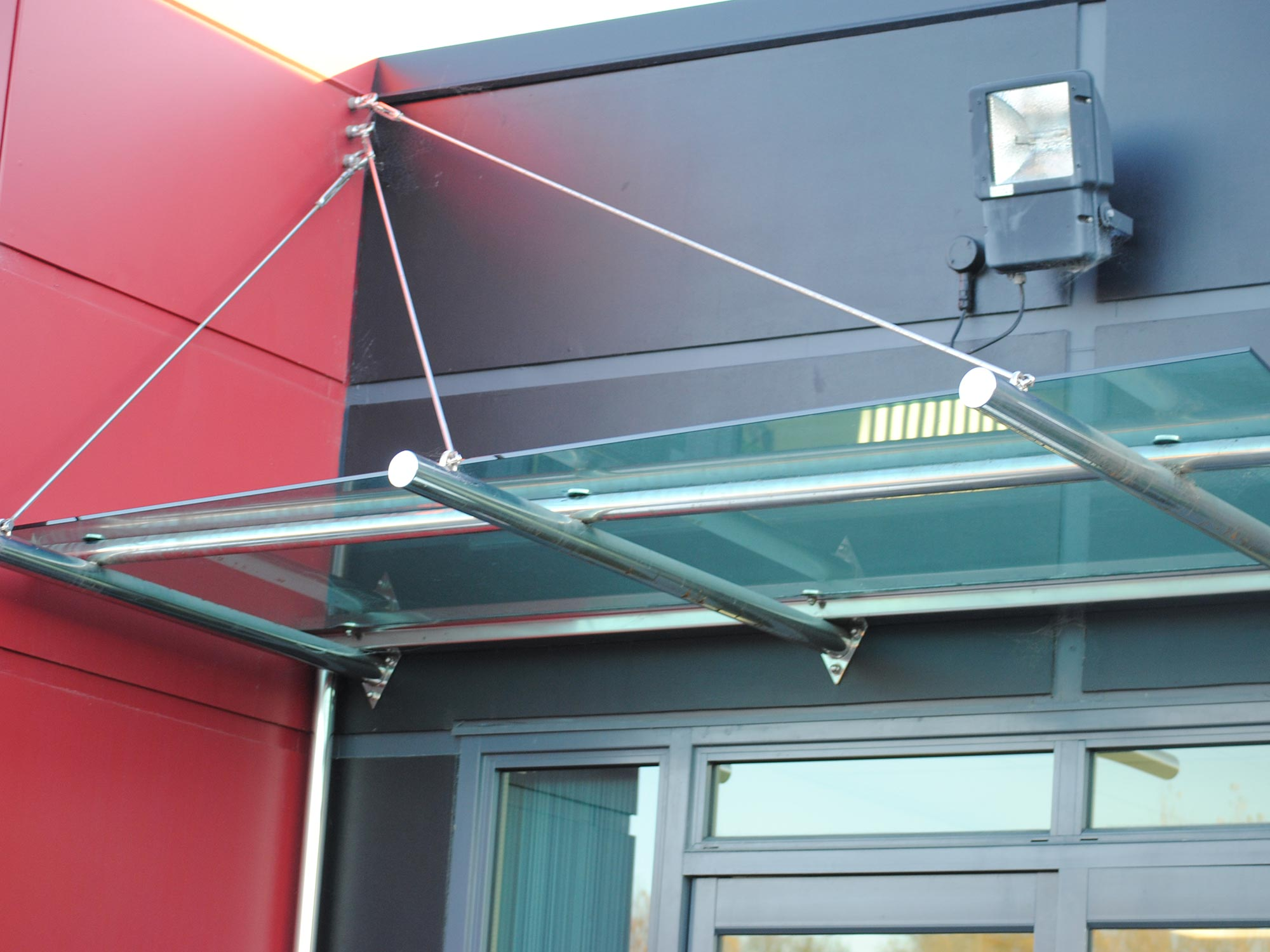 img-architectural-general-glass-awning